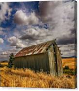 Barn Solitude Canvas Print