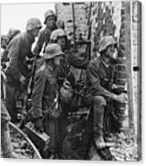 Battle Of Stalingrad  Nazi Infantry Street Fighting 1942 Canvas Print