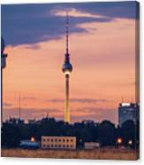 Berlin - Tempelhofer Feld Canvas Print