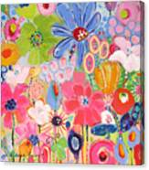 Blue Daisy Flower Garden Canvas Print