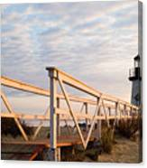 Brant Point Lighthouse And Walkway - Nantucket Canvas Print