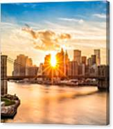 Brooklyn Bridge And The Lower Manhattan Skyline At Sunset Canvas Print
