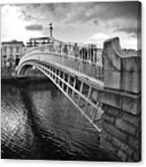 Busy Ha'penny Bridge 2 Bw Canvas Print