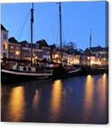 Canal Thorbeckegracht In Zwolle In The Evening Canvas Print
