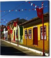 Colonial Colofrul Houses At Sao Luiz Do Paraitinga - Brazil Canvas Print