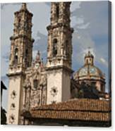 Cathedral In Taxco Mexico Canvas Print