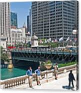 Chicago's Dusable Bridge On N. Michigan Avenue Canvas Print