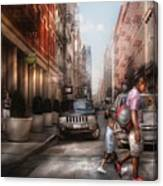 City - Ny - Walking Down Mercer Street Canvas Print
