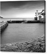 Coliemore Harbour Canvas Print