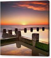 Coogee Beach At Early Morning,sydney Canvas Print