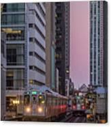 Cta Train On The L At Dusk Chicago Illinois Canvas Print