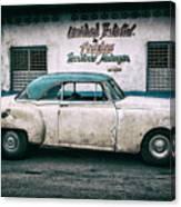 Cuban Pontiac at Territorio Matanzas Canvas Print