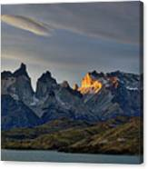 Cuernos Sunset Begins #4 - Patagonia Canvas Print
