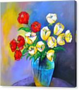 De Rosas Y Azucenas Canvas Print