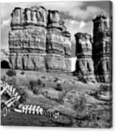 Death On Notom-bullfrog Road - Capitol Reef - Bw Canvas Print