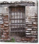 Decaying Wall And Window Antigua Guatemala 2 Canvas Print