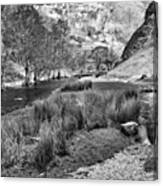 Dovedale, Peak District Uk Canvas Print