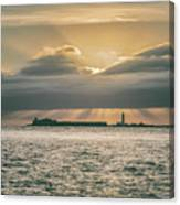 Dramatic Sky Over Hurst Castle Canvas Print