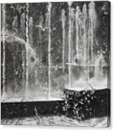 Effervescence Fountain In Milano Italy Canvas Print