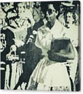 Elizabeth Eckford Making Her Way To Little Rock High School 1958 Canvas Print