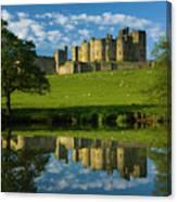 England, Northumberland, Alnwick Castle Canvas Print