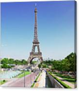 Eviffel Tower With Fountains Canvas Print