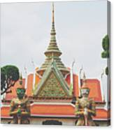 Exquisite Details On The Building Of Wat Arun In Bangkok, Thailand Canvas Print