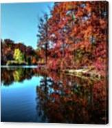 Fall At The Crosspointe Lake Canvas Print