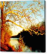 Fall At The Raritan River In New Jersey Canvas Print