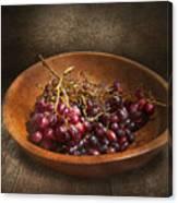 Food - Grapes - A Bowl Of Grapes  Canvas Print