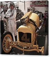 Fronty Ford 1915 Canvas Print