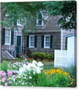 Gardens At The Burton-ingram House - Lewes Delaware Canvas Print