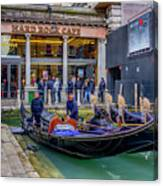 Hard Rock Cafe Venice Gondolas_dsc1294_02282017 Canvas Print