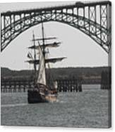 Hawaiian Chieftain In Yaquina Bay Canvas Print