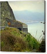 Highway 1 At Lucia South Of Big Sur Ca Canvas Print