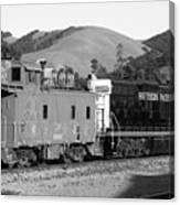 Historic Niles Trains In California . Southern Pacific Locomotive And Sante Fe Caboose.7d10843.bw Canvas Print