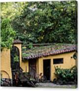 House Suchitoto Canvas Print