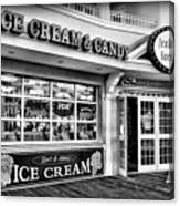 Ice Cream And Candy Shop At The Boardwalk - Jersey Shore Canvas Print