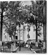 Iglesia La Merced - Antigua Guatemala Bnw Ix Canvas Print