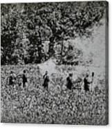 In The Heat Of Battle - Gettysburg Pa Canvas Print