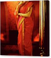 Indian Woman In Traditional 9 Yard Saree Canvas Print