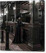 Kate Morgan Checking In At The Hotel Del Coronado Canvas Print