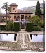 La Alhambra Garden Canvas Print