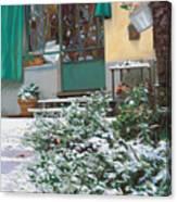 La Neve A Casa Canvas Print