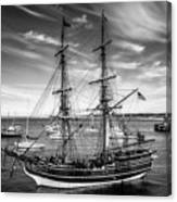 Lady Washington In Black And White Canvas Print