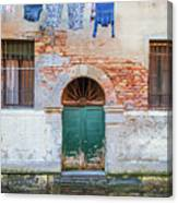 Laundy Hangs In Venice Canvas Print