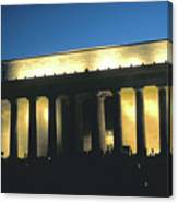 Lincoln Memorial At Dusk Canvas Print