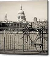 London Thames 1 Canvas Print