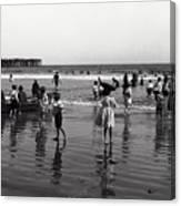 Long Beach California Bathers C. 1910 Canvas Print