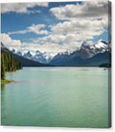 Maligne Lake In Jasper National Park Canvas Print